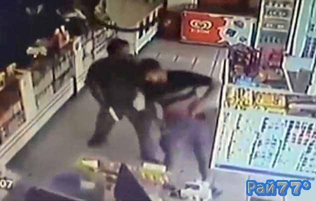 Бразильские полицейские по ошибке расстреляли друг друга в аптеке