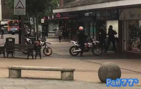 Британские байкеры не смогли ограбить ювелирный магазин