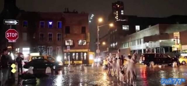 Голые танцоры приняли участие в фотосессии Dancers After Dark