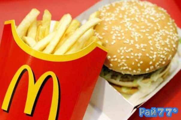 В США арестовали клинта проституток, пришедшего на место встречи с чизбургером и картошкой фри