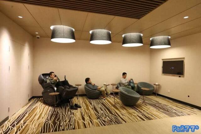 Комната отдыха для мужей появилась в шанхайском торговом комплексе