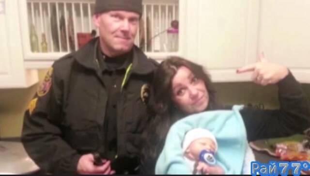 Американку, изготавливающую слишком реалистичные куклы по ошибке обвинили в торговле детьми.