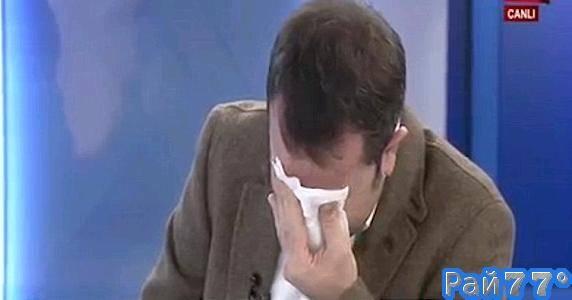 Турецкий журналист не смог сдержать эмоций и разрыдался во время репортажа из сирийской больницы.