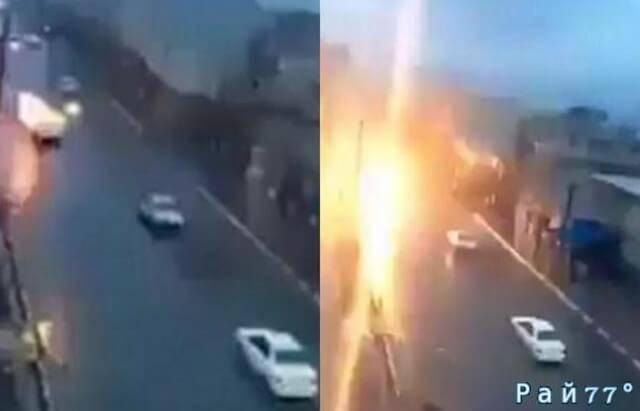 Молния «подбила» легковой автомобиль во время движения по скоростной трассе. (Видео)