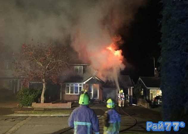 Британец спалил гараж, где на протяжении восьми лет конструировал своей мечты